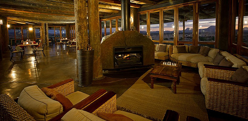Doro Nawas Camp with Wilderness Safaris - www.photo-safaris.com