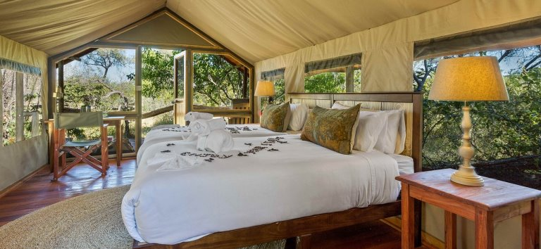 Saguni Safari lodge (Moremi / Okavango Delta) Botswana - www.photo-safaris.com